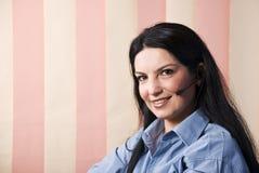 Rappresentante felice di servizio di assistenza al cliente di sorriso Immagine Stock
