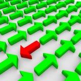 rappresentazione 3d di qualche verde e di una freccia rossa Fotografia Stock Libera da Diritti