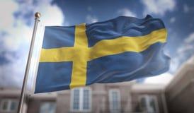 Rappresentazione della bandiera 3D della Svezia sul fondo della costruzione del cielo blu Fotografia Stock Libera da Diritti