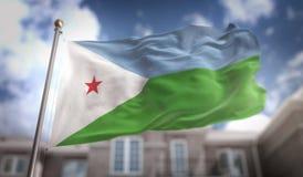 Rappresentazione della bandiera 3D di Gibuti sul fondo della costruzione del cielo blu Fotografie Stock Libere da Diritti