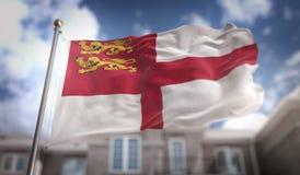 Rappresentazione della bandiera 3D di Sark sul fondo della costruzione del cielo blu Immagini Stock Libere da Diritti