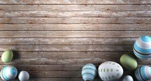 Rappresentazione delle uova di Pasqua su fondo di legno Immagini Stock