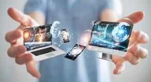 Rappresentazione di collegamento 3D dei dispositivi di tecnologia dell'uomo d'affari l'un l'altro Immagine Stock Libera da Diritti