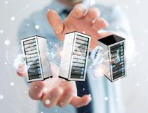 Rappresentazione di collegamento del centro dati 3D della stanza dei server dell'uomo d'affari Fotografia Stock