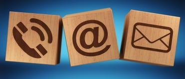 Rappresentazione di legno dell'icona 3D del contatto del cubo di Digital Fotografie Stock Libere da Diritti