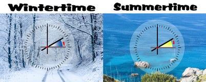 Rappresentazione di orario invernale contro ora legale, Fotografie Stock