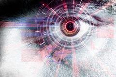 Rappresentazione di un occhio cyber futuristico con effetto della luce laser Fotografia Stock