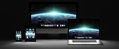 Rappresentazione moderna scura del telefono cellulare e della compressa 3D del computer portatile del computer Fotografie Stock Libere da Diritti