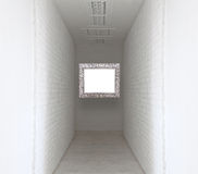 Rappresenti la fiamma sul modo bianco della passeggiata e del muro di mattoni Immagini Stock