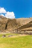 Raqchi arkeologisk plats för Inca i Cusco, Peru Ruin av templet av Wiracocha royaltyfria foton