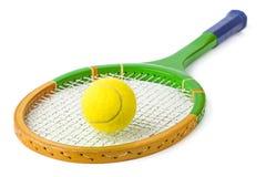 Raquete e bola de tênis imagens de stock