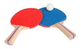 Raquetes de tênis da tabela e Close-Up da esfera imagens de stock royalty free
