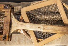 Raquetes de tênis do vintage do começo do século Imagens de Stock Royalty Free