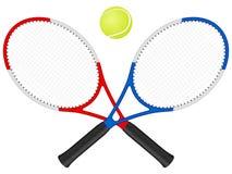 Raquetes e esfera de tênis Imagens de Stock Royalty Free