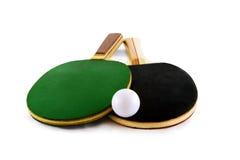 Raquetes e esfera de tênis da tabela Imagem de Stock
