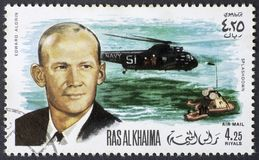 RAS AL KHAIMA - CIRCA 1969: Terugwinning van Edward Aldrin van Apollo 11 op 15 Augustus 1969, postzegel van 1969 royalty-vrije stock fotografie