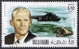 RAS AL KHAIMA - CIRCA 1969: Wiederaufnahme von Edward Aldrin von Apollo 11 am 15. August 1969, Briefmarke von 1969 lizenzfreie stockfotografie
