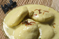 Ras Malai - um prato doce de Bengal Imagem de Stock