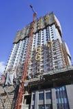 Rascacielos bajo construcción en Dalian, China Fotos de archivo