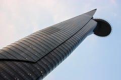 Rascacielos con el helipuerto Imagenes de archivo