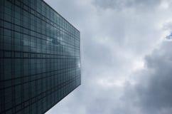 Rascacielos de cristal corporativo Foto de archivo