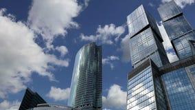 Rascacielos de la ciudad internacional del centro de negocios, Moscú, Rusia metrajes