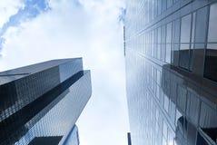 Rascacielos de la imagen de la tierra Imagenes de archivo