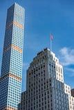 Rascacielos de la torre de Nueva York viejos y nuevos Fotografía de archivo