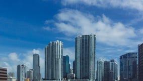 Rascacielos de Miami céntrica, en la Florida, los E.E.U.U. fotos de archivo libres de regalías