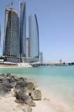 Rascacielos en Abu Dhabi Imagen de archivo