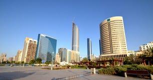 Rascacielos en Abu Dhabi Imagen de archivo libre de regalías
