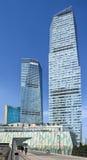 Rascacielos en el distrito financiero de Lujizui, Shangai, China Imagen de archivo libre de regalías