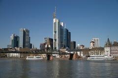 Rascacielos en la ciudad Imagenes de archivo
