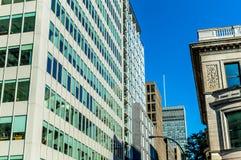 Rascacielos en Montreal céntrica Fotos de archivo libres de regalías