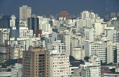 Rascacielos en São céntrico Pablo, el Brasil Imagenes de archivo