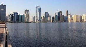 Rascacielos en Sharja. imagen de archivo libre de regalías