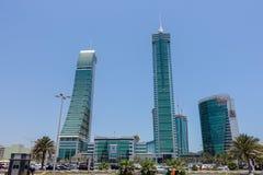 Rascacielos financiero Manama, Bahrein del puerto Foto de archivo libre de regalías