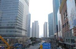Rascacielos financieros del distrito de Lujiazui en Shangai Foto de archivo libre de regalías