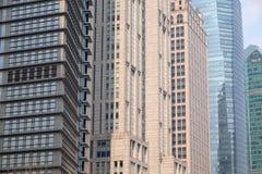 Rascacielos financieros del distrito de Lujiazui en Shangai Imagenes de archivo
