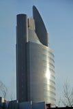 Rascacielos gris Foto de archivo libre de regalías