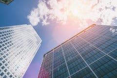 Rascacielos moderno de los edificios de oficinas en la ciudad de Londres foto de archivo