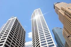 Rascacielos modernos de la oficina Imagenes de archivo