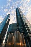Rascacielos modernos de la oficina Fotografía de archivo libre de regalías