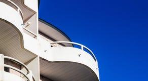 Rascacielos modernos del negocio del edificio Imágenes de archivo libres de regalías