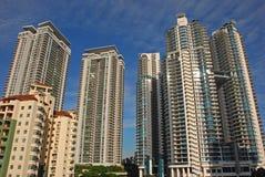 Rascacielos residencial Fotografía de archivo libre de regalías