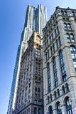 Rascacielos residencial de la calle de 8 piceas - Nueva York Imagen de archivo libre de regalías