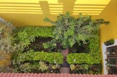 Rasen und Garten lizenzfreies stockbild