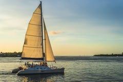 Raseriyachten på havet i Key West Royaltyfri Fotografi