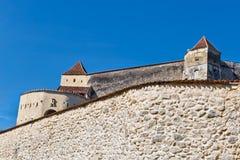 Rasnov城堡在布拉索夫罗马尼亚 免版税库存图片