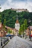 Rasnov, Romênia Cidade na Transilvânia Fotografia de Stock Royalty Free